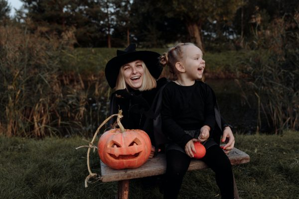 4 outfit inspirations to get the perfect Halloween costume!